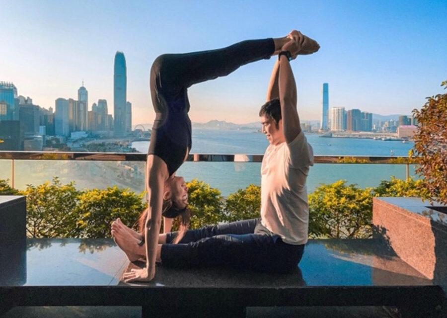 Couple Yoga 1