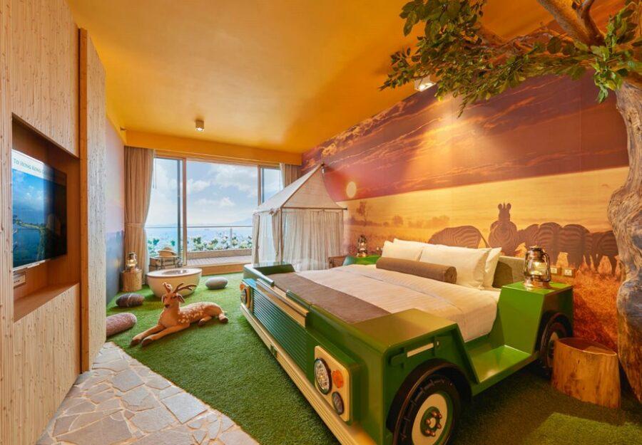 Safari Themed Room With Seaview Balcony@2X 1